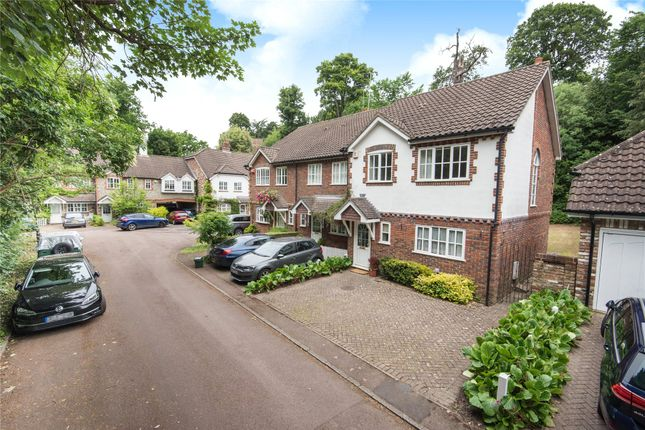 Picture No. 18 of Coniscliffe Close, Chislehurst BR7