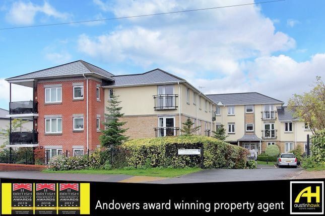 2 bed flat for sale in Old Winton Road, Andover SP10