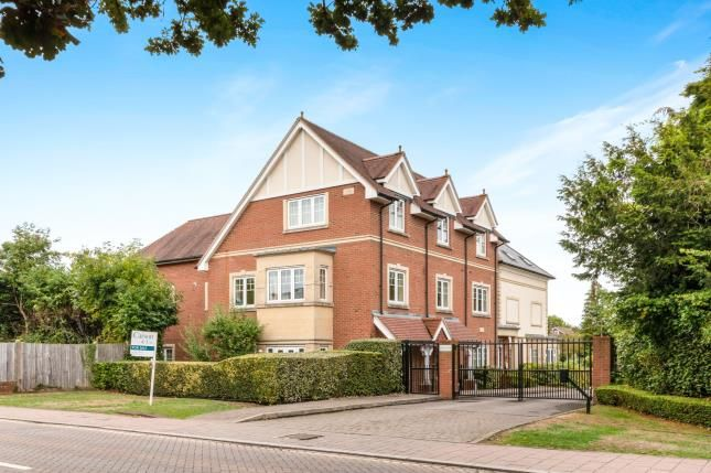 Thumbnail Flat for sale in Station Road, Hook, Hampshire