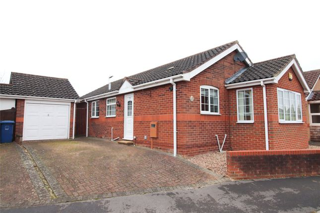 3 bed bungalow for sale in Windsor Close, Sudbrooke, Lincoln LN2