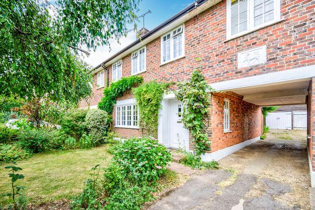 Thumbnail Terraced house for sale in Leaside Way, Bassett Green, Southampton