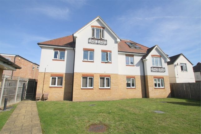Thumbnail Flat for sale in Cromwell House, Kingston Road, Staines-Upon-Thames, Surrey