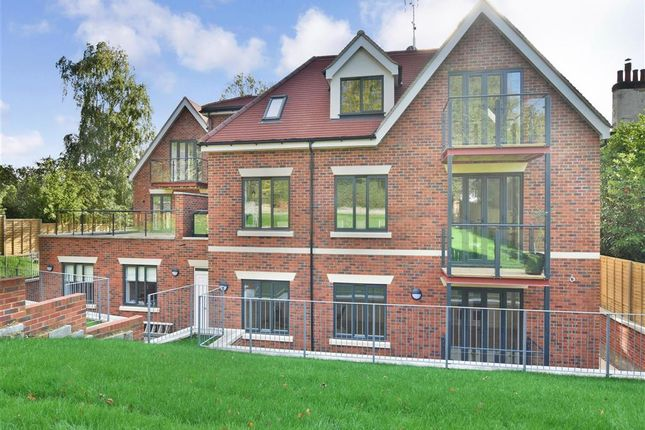 Flat for sale in Foxley Lane, Purley, Surrey