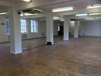 Photo 9 of Howard Suite, Broadway House 4-6, The Broadway, Bedford MK40