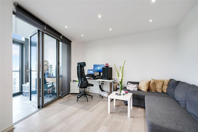 Thumbnail Flat to rent in Kew Eye Apartments, Ealing Road, Brentford, Middlesex