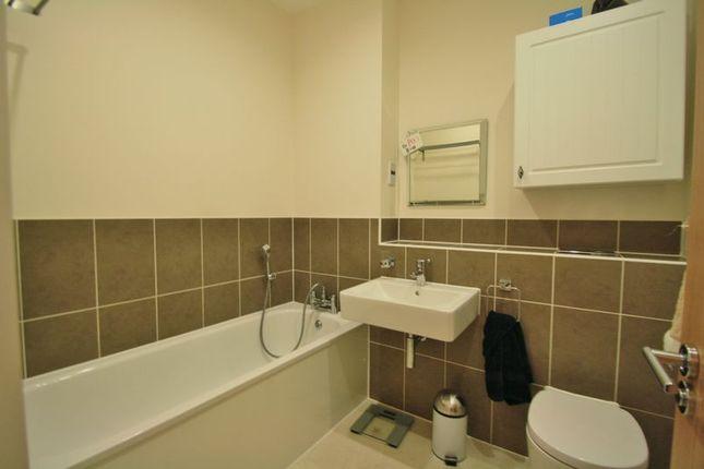 Bathroom of Newlands Way, Cholsey, Wallingford OX10