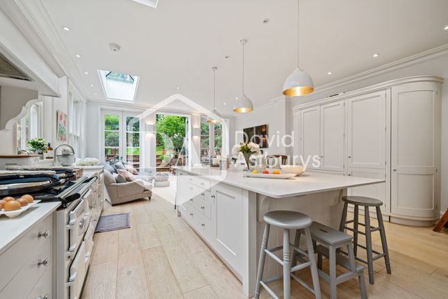 Thumbnail Terraced house to rent in Redston Road, Crouch End, London