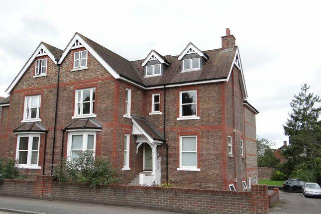 Thumbnail Flat for sale in High Seat Copse, High Street, Billingshurst