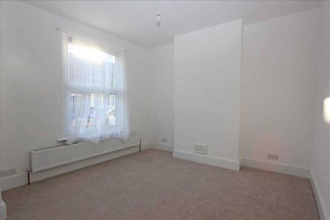 Reception 1 of Jarvis Road, South Croydon CR2
