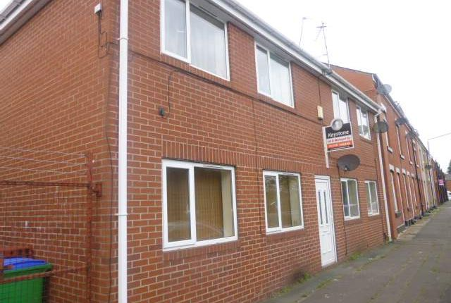 Thumbnail Flat to rent in Hamer Lane, Hamer, Rochdale
