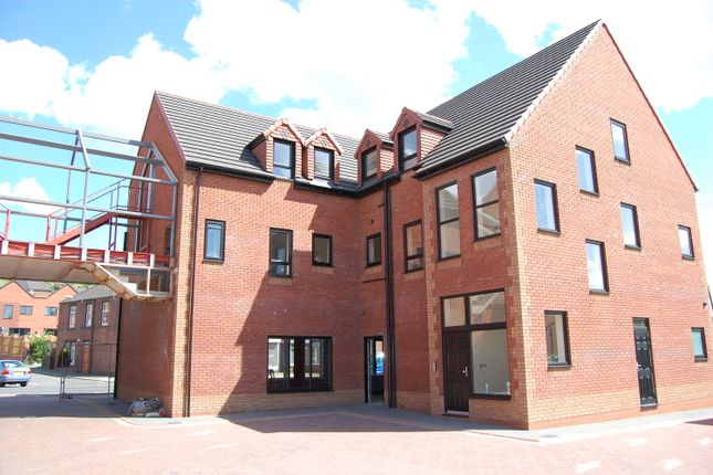 Thumbnail Flat to rent in Canklow Road, Canklow, Rotherham