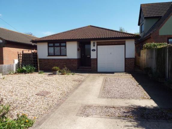Thumbnail Bungalow for sale in Kirby-Le-Soken, Frinton-On-Sea, Essex