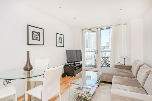 1 bed flat for sale in Millharbour, London