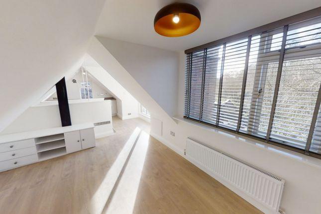 Thumbnail Flat to rent in High Street, Bramley