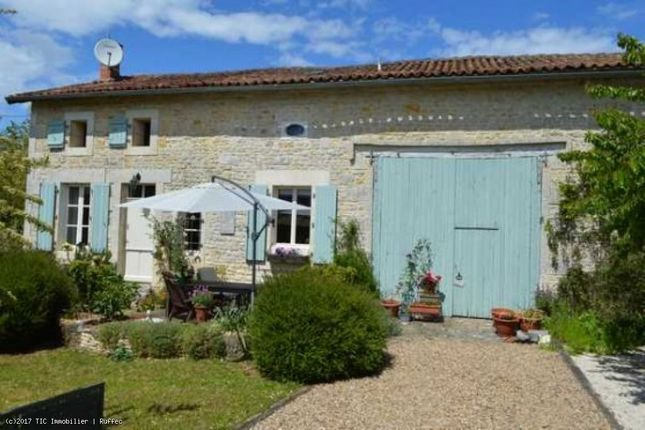 Property for sale in Aunac, Poitou-Charentes, 16460, France