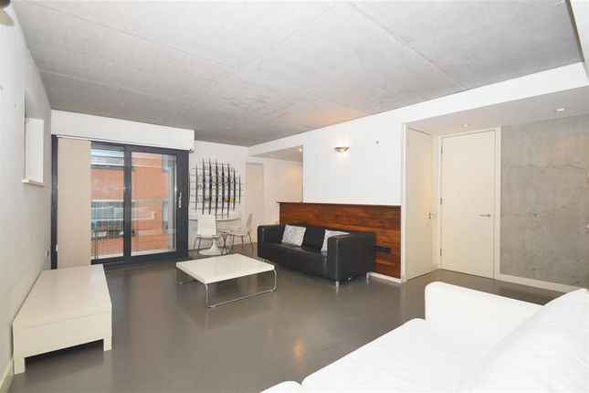 1 bed flat to rent in Great Suffolk Street, Borough SE1