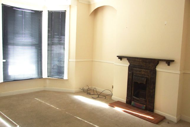 Thumbnail Flat to rent in Town Centre, Eastbourne