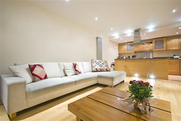 Thumbnail Flat for sale in Berry Court, Hook