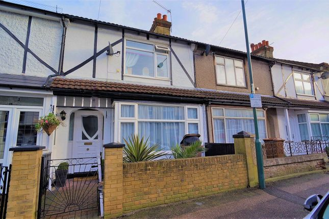 Thumbnail Terraced house to rent in St. Johns Road, Gillingham, Kent