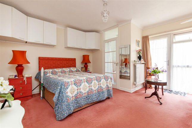 Bedroom 1 of Pinewoods Court, Pinewoods, Bexhill TN39
