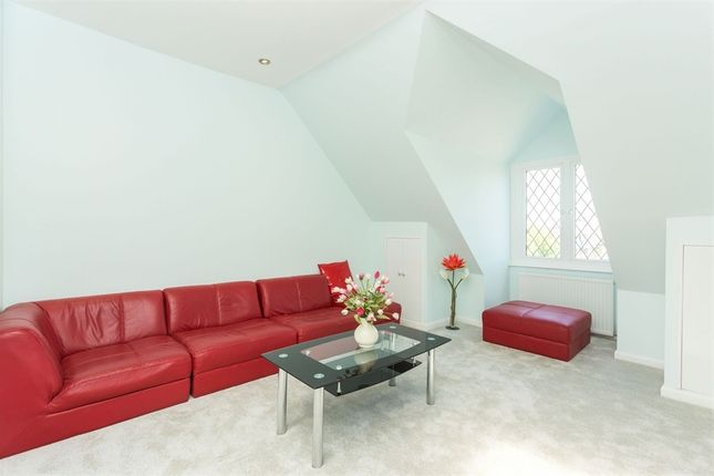 Thumbnail Flat for sale in Osborne Mansions, 88 Chapter Road, Willesden Green