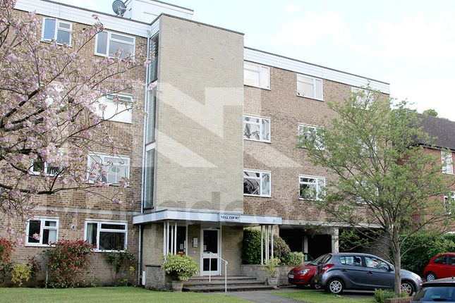 Thumbnail Flat to rent in Lovelace Road, Surbtion