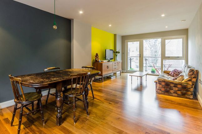 Thumbnail Flat to rent in Clerkenwell Road, City