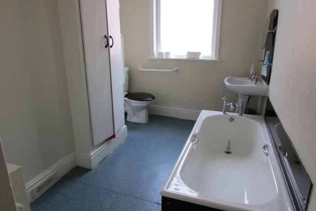 Bathroom of Bolton Road, Blackburn BB2