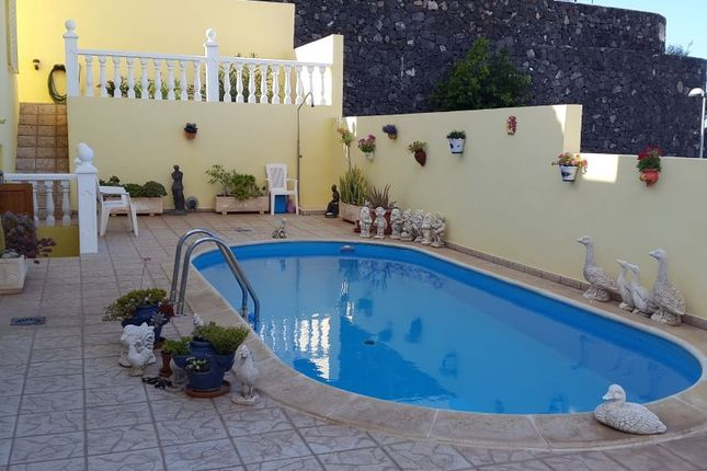 5 bed villa for sale in San Eugenio, Tenerife, Spain