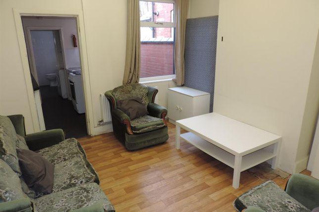 Reception Room of Grafton Street, Stoke, Coventry CV1