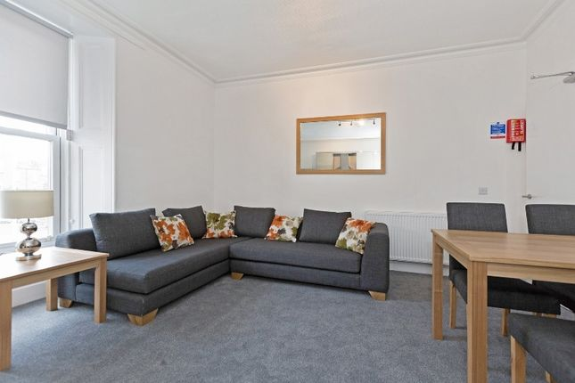Thumbnail Flat to rent in Union Place, City Centre, Dundee