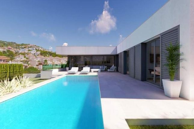 Thumbnail Detached house for sale in Calle Rosal, 1, 03501 Benidorm, Alicante, Spain