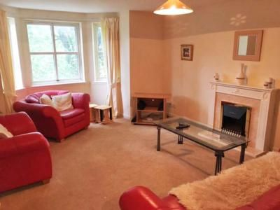 Thumbnail Flat to rent in Holburn Street, Floor Flat