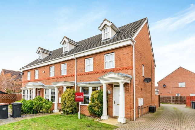 Thumbnail Town house for sale in Bayham Close, Elstow, Bedford