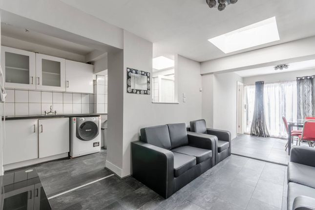 Thumbnail Terraced house to rent in Shrubland Road, Walthamstow