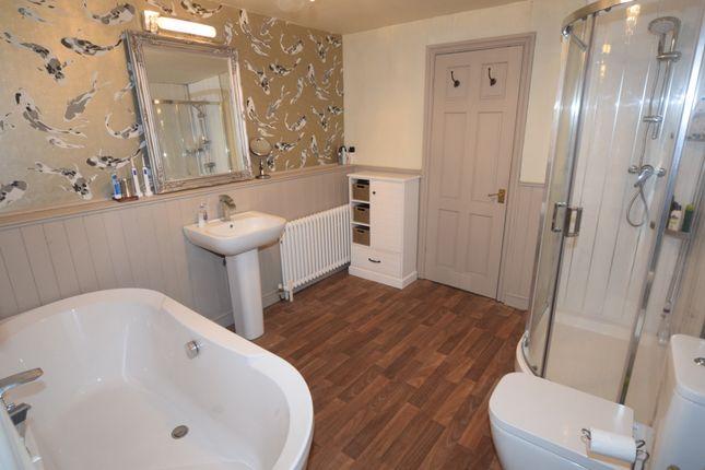Bathroom of North Scale, Walney, Barrow-In-Furness LA14