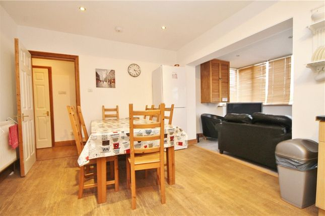 Dining of School Lane, Addlestone, Surrey KT15