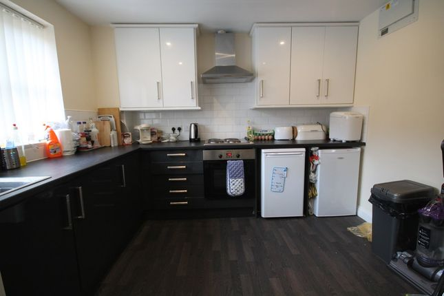 Thumbnail Terraced house to rent in Blue Fox Close, West End, Leicester