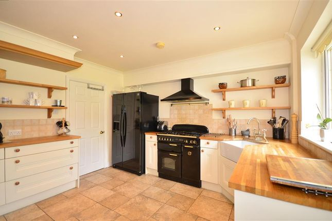 Thumbnail Bungalow for sale in Baring Road, Cowes, Isle Of Wight