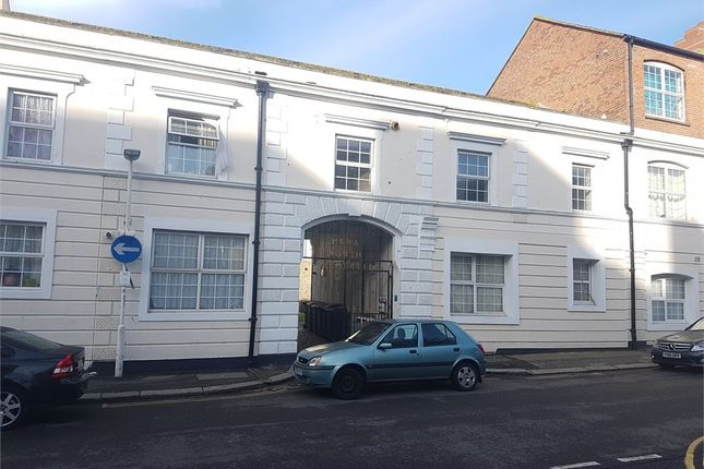 Thumbnail Flat to rent in Western Road, St Leonards-On-Sea