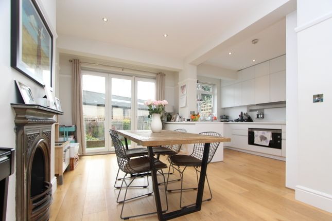 Thumbnail Terraced house to rent in Crescent Rise, London