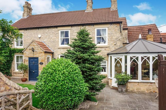 Thumbnail Farmhouse for sale in Common Road, Thorpe Salvin