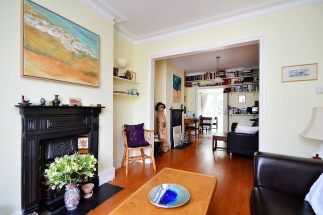 Thumbnail Cottage to rent in Hyde Road, Richmond