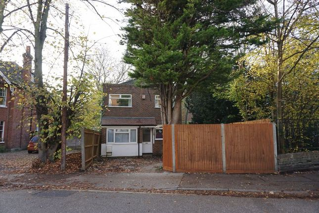 Thumbnail Detached house to rent in Wolverton Avenue, Kingston Upon Thames