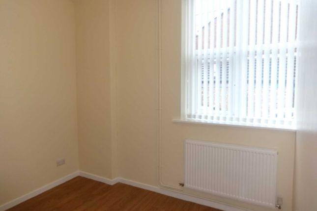 Thumbnail Flat to rent in Old Street, Ashton-Under-Lyne