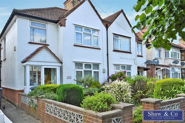 Thumbnail Semi-detached house to rent in Vicarage Farm Road, Hounslow, Middlesex