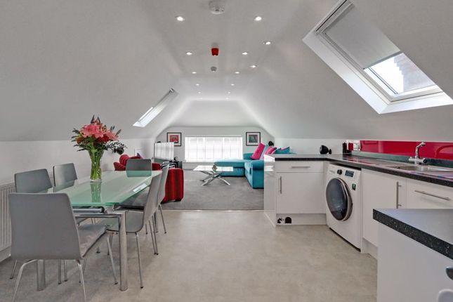 2 bed flat for sale in Bedhampton Road, Bedhampton, Havant PO9