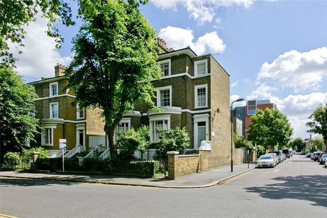 Thumbnail Terraced house for sale in Albion Square, Hackney