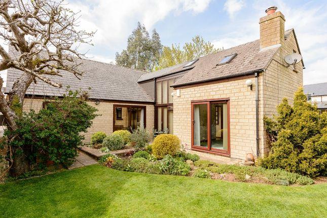 Thumbnail Detached bungalow for sale in Park Close, Kirtlington, Kidlington
