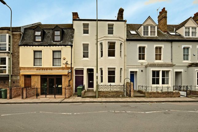 Thumbnail Property to rent in Walton Street, Oxford